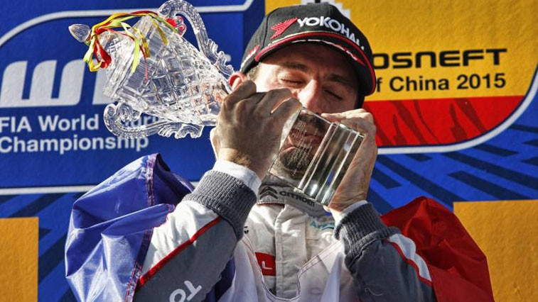 Citroen_Racing_WTCC_Champion_2015